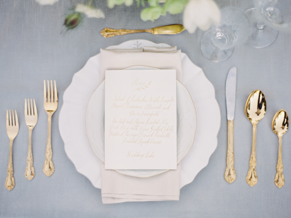 gold-flatware-wedding-ideas