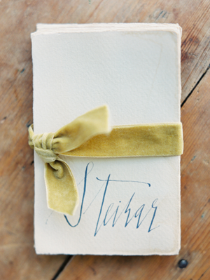 handwritten-wedding-place-cards
