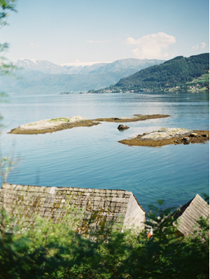 norway-seaside-wedding-ideas