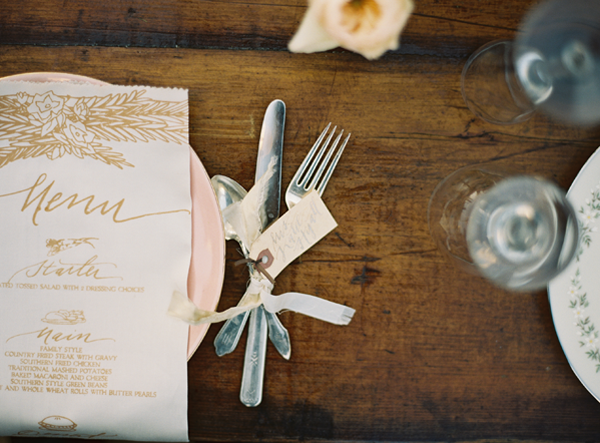 gold-handwritten-wedding-menu-ideas