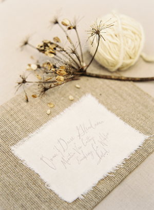linen-handwritten-wedding-menu-ideas