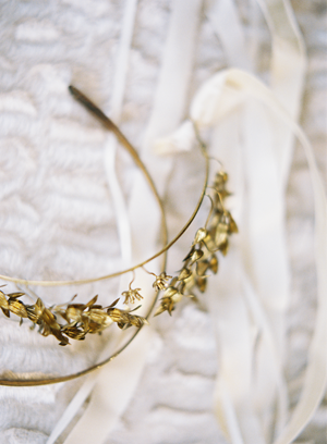 vintage-gold-wedding-tiara-ideas