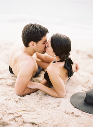 vintage-seaside-engagement-photo-inspiration