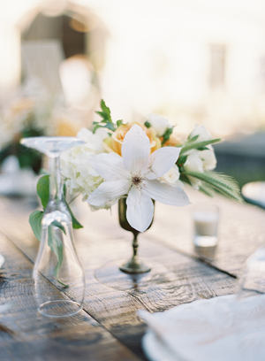 vintage-wedding-reception-centerpieces