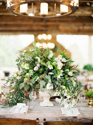 wild-green-wedding-centerpieces