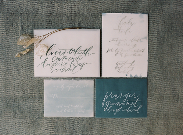 destination-calligraphy-wedding-invitations
