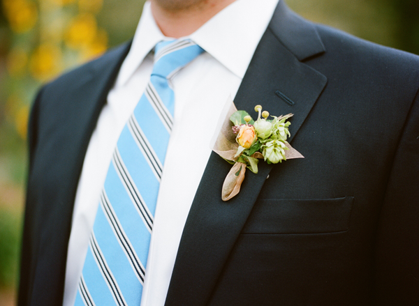 rustic-wedding-boutonniere-ideas