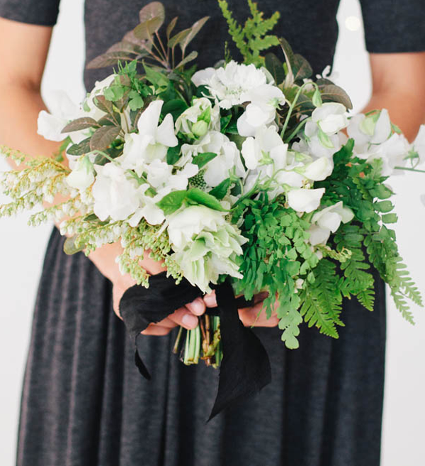 white-green-wedding-bouquets