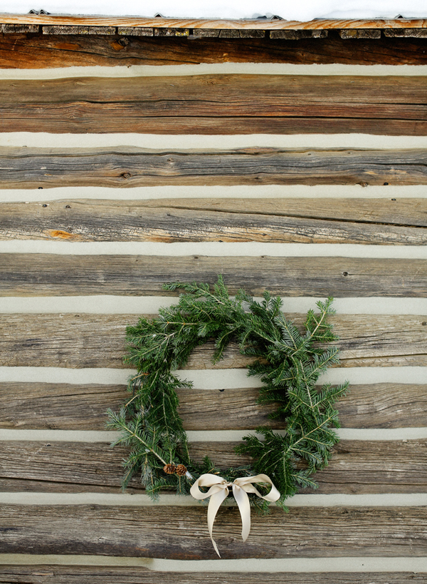 diy-holiday-wreath-tutorial