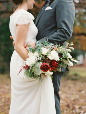 fall-wedding-bouquets