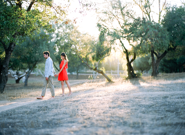 outdoor-california-engagement-session-ideas