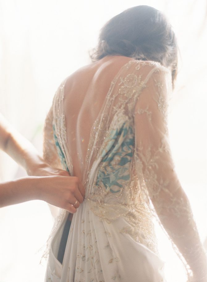 elegant-backless-gold-lace-wedding-dress