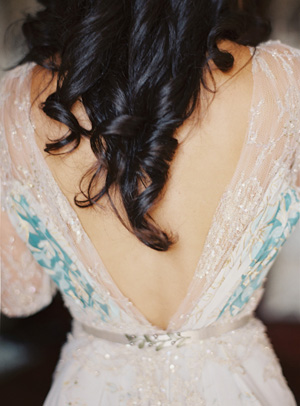 elegant-gray-and-blue-wedding-dress