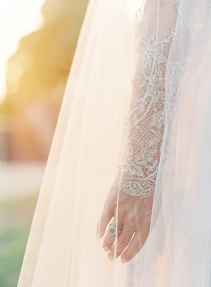 elegant-lace-sleeve-wedding-dress
