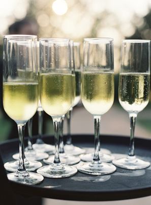elegant-wedding-champagne