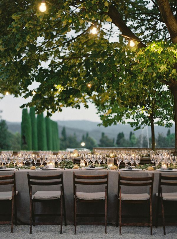 elgant-destination-wedding-reception-tables