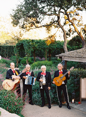 mariachi-band-wedding-ideas