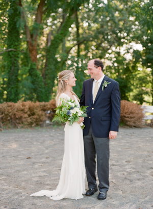 elisa-bricker-virginia-wedding-bride-groom15