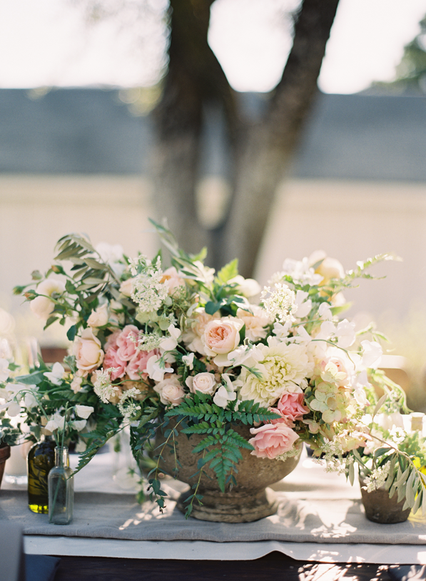 rylee-hitchner-wedding-sonoma-flowers-centerpiece6