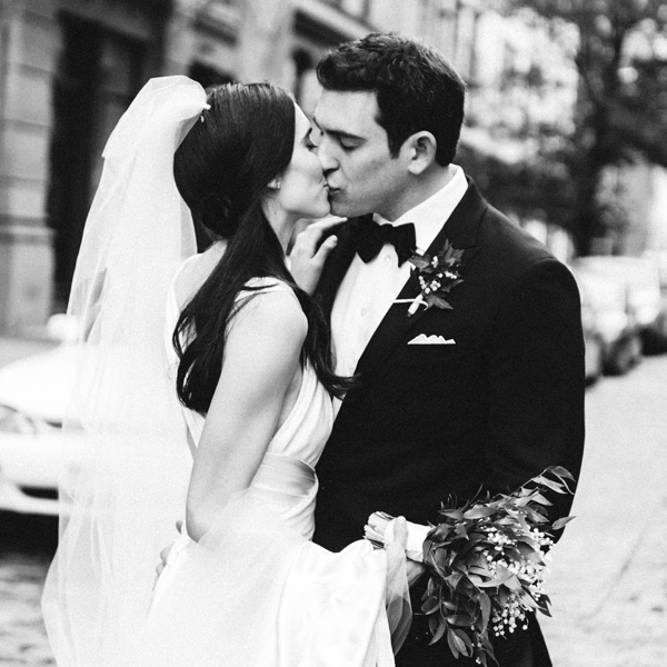 trent-bailey-new-york-bowery-hotel-wedding-bride-groom-kiss5