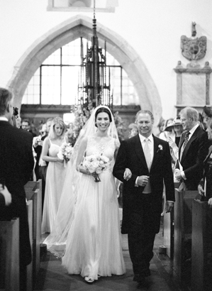 Polly-Alexandre-English-Country-Wedding-bride-father-aisle19