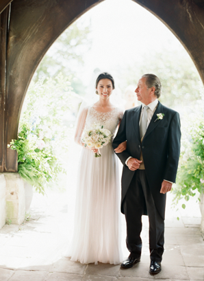 Polly-Alexandre-English-Country-Wedding-bride-father18