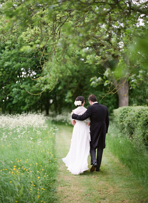 Polly-Alexandre-English-Country-Wedding-bride-groom-path15