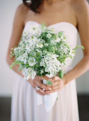 eric-kelley-bridesmaids-bouquet-green-white8