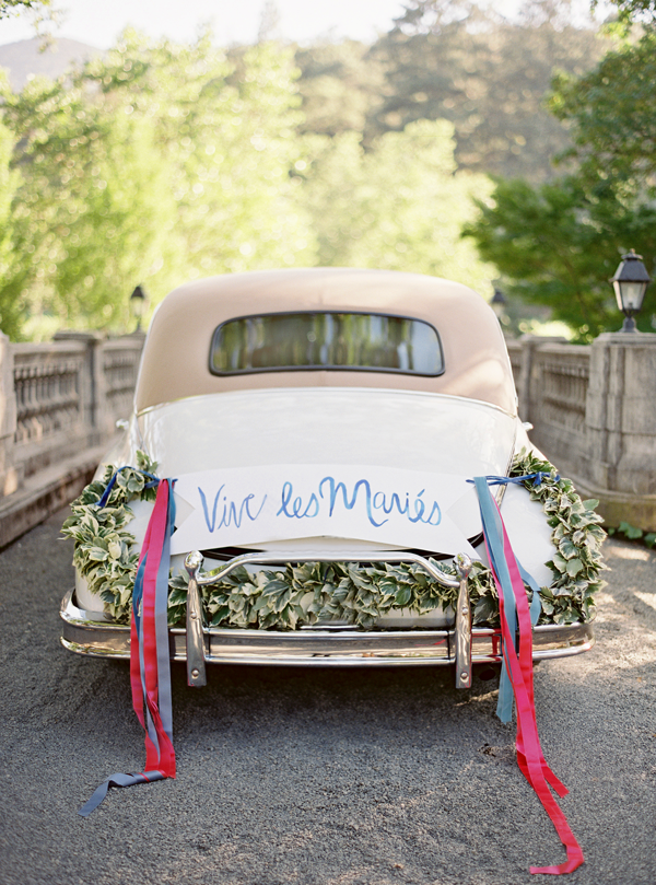 getaway-car-decoration-wedding-ideas