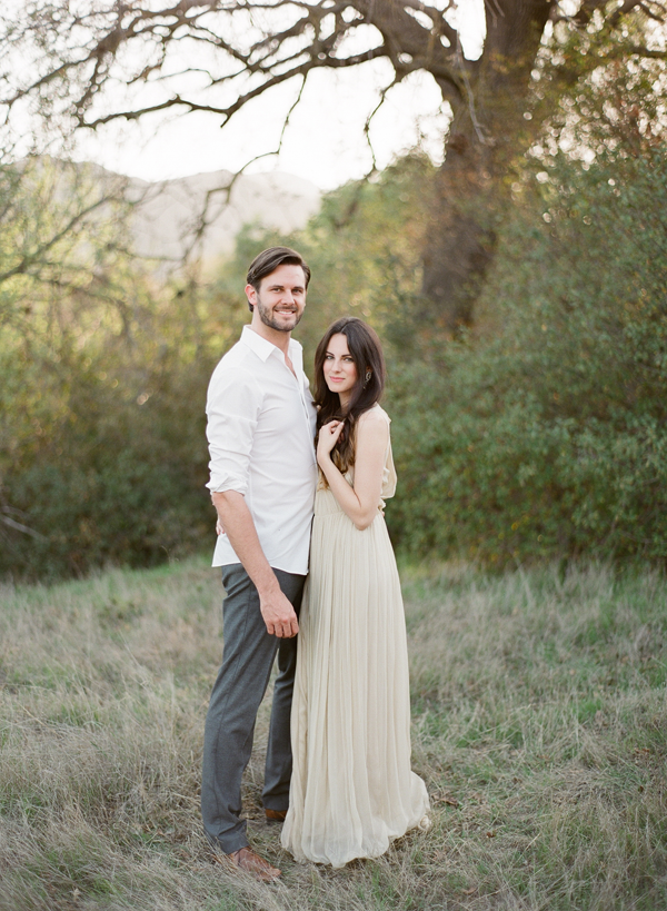 christine-donee-natural-engagement-session-chloe-wedding-dress