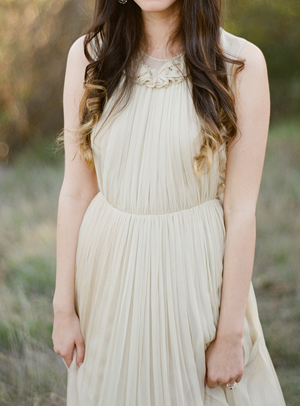 christine-donee-natural-photography-session-chloe-wedding-dress11