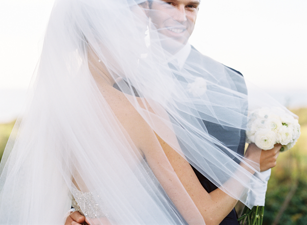 eric-kelley-bride-veil-Badgley-Mishka