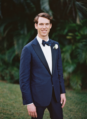 eric-kelley-mexico-wedding-groom-blue-tux