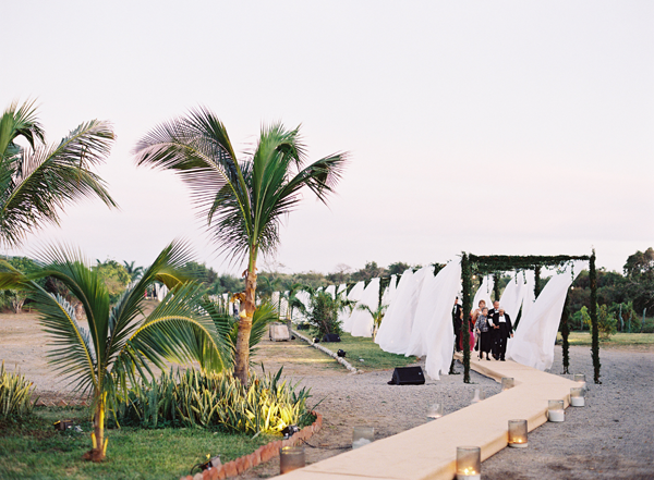Elegant Seaside Mexico Wedding