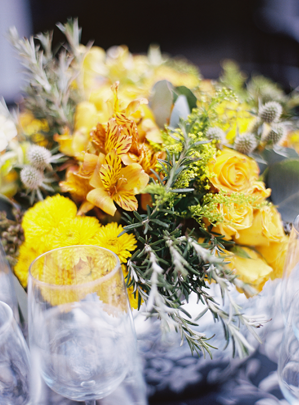eric-kelley-mexico-yellow-centerpiece