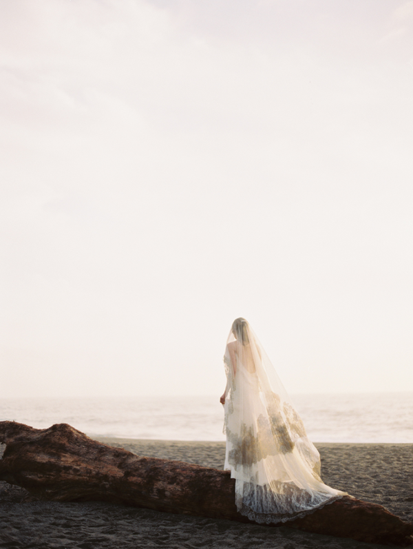 erich-mcvey-ginny-au-ethereal-wedding-ideas-ocean-driftwood-sea-full-length-veil