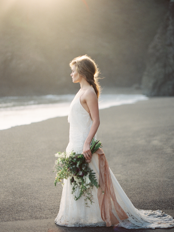 erich-mcvey-ginny-au-oceanside-wedding-ideas-ethereal