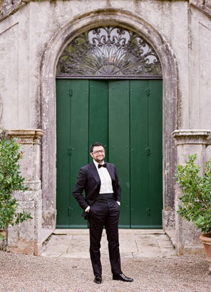 italian-wedding-groom-villa