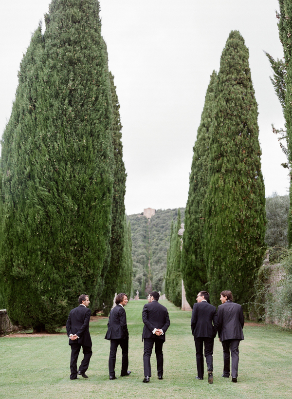 italian-wedding-ideas-groomsmen-suits