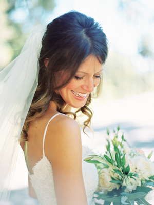 kelli-elizabeth-bride-veil-soft-colors