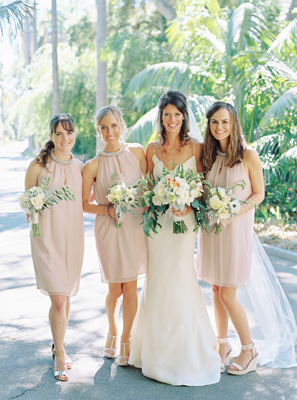 kelli-elizabeth-wedding-bridesmaids-blush-dresses