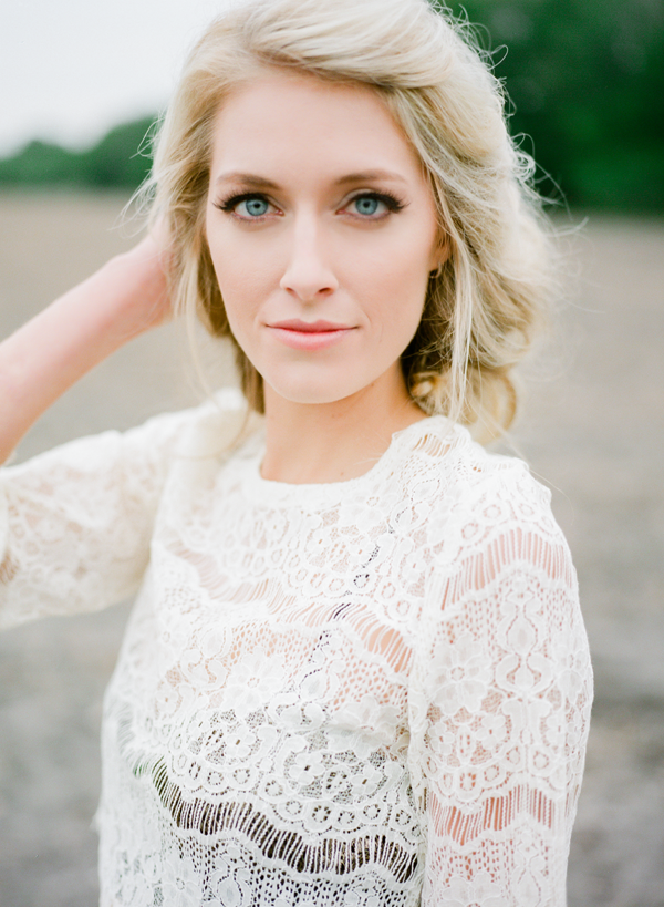 marcie-meredith-photography-lace-dress