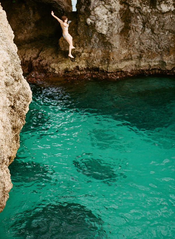 cliff-jumping-negril-jamaica