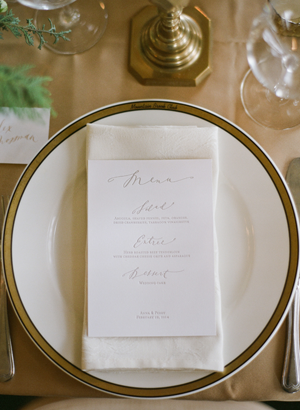 organic-white-wedding-menu-placecard-napkin