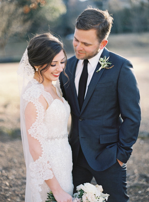 rylee-hitchner-ginny-au-inside-wedding-ideas10