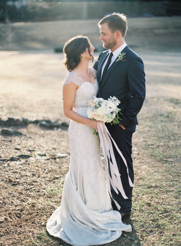 rylee-hitchner-ginny-au-inside-wedding-ideas8
