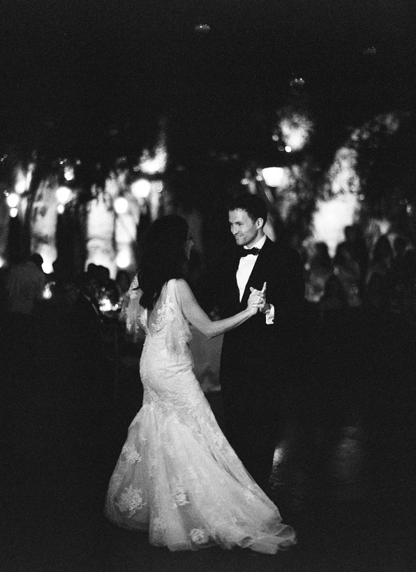 rylee-hitchner-mexico-wedding-first-dance