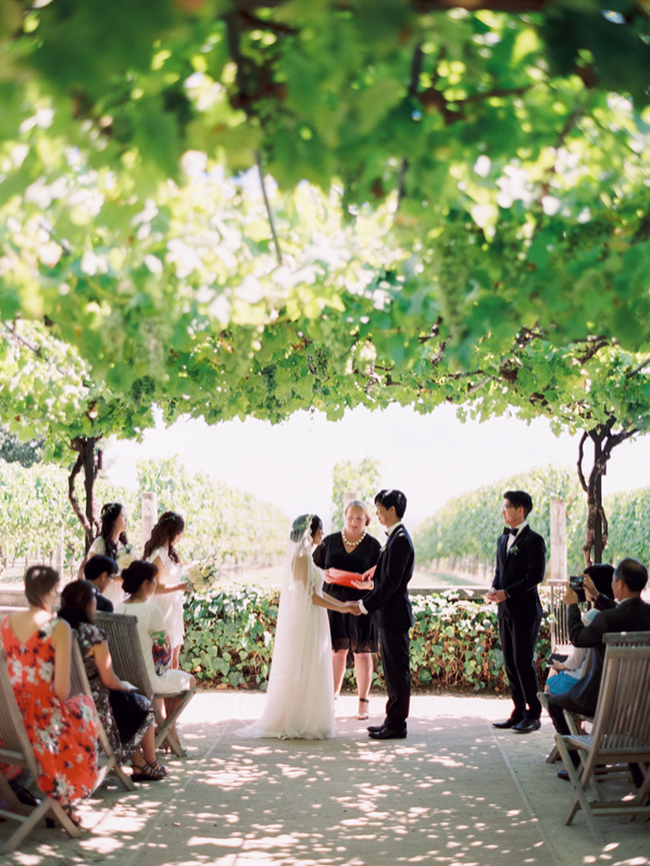 simple-natural-wedding-ideas-outdoor