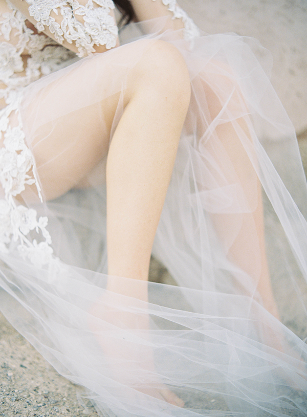 tulle-lace-wedding-dress