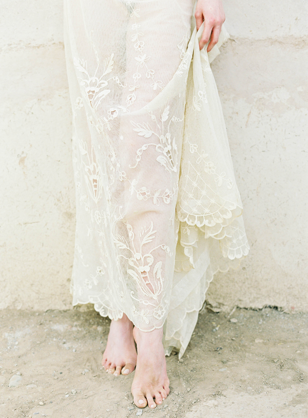vintage-lace-wedding-dress